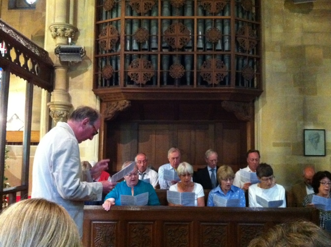 Hever and Four Elms need a choir leader